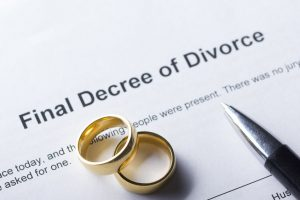"Less Painful Divorces - Peace Talks Mediation Services - divorce, communication, divorce advice, divorce mediation Copyright: <a href=""https://www.123rf.com/profile_perhapzzz"">perhapzzz / 123RF Stock Photo</a>"